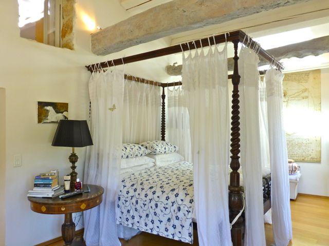 Farmhouse style villa for sale in Provence